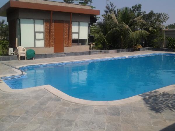 FRP Swimming pool Installer