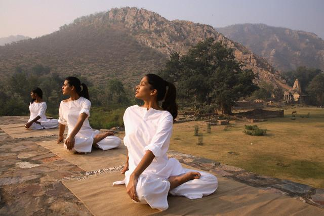 Evolution Yoga Retreat at the Monsoon forest  The Monsoon forest at Bandhavgarh is singular as a backdrop to a Yoga retreat. At Evolution Yoga retreat completely immerse yourself in Yoga, indulge in nature watch, hikes & treks, fun cooking lessons, village visits or spend time in our Baithak relaxing and rejuvenating.  Date: January 25th to 19th 2017 March 11th to 15th 2017