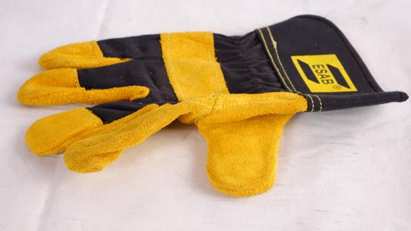 ESAB WELDING GLOVES