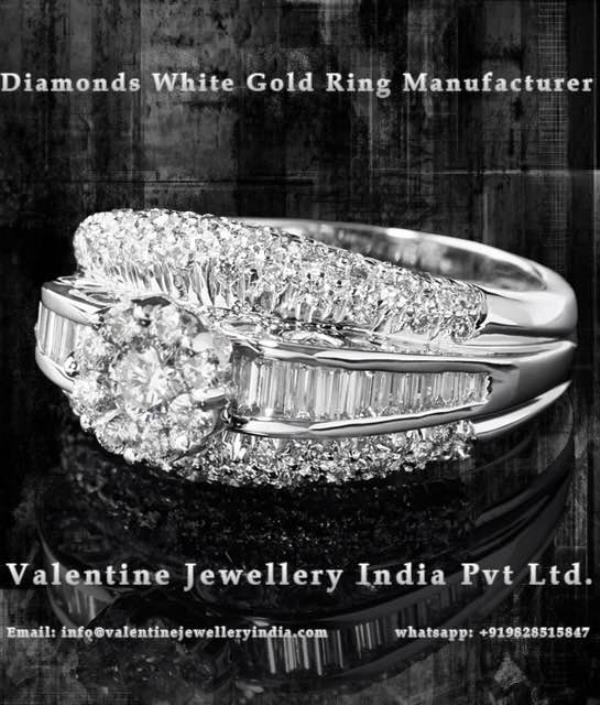 Cluster Diamond Rings at Valentine Jewellery are an amalgamation of Classic Modern Rings with a tint of traditionalism. Visit us at Mumbai Jewellery Show 2017 to explore our New Designs and Collection of Fine Jewellery.