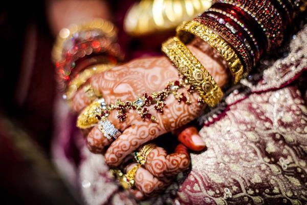 Wedding photographers in Varanasi,  Wedding photographers in Lucknow,  Wedding photographers in Allahabad,  For hiring the best candid wedding photographers in Varanasi, Lucknow, Gorakhpur, contact me. - by Sachin Srivastava Photography, Lucknow
