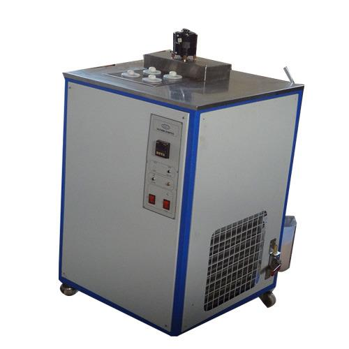 Cloud and Pour Point Apparatus Manufacturer in Chennai We are engaged in offering high grade Cloud and Pour Point Apparatus to our esteemed customers. These products are manufactured using optimum quality materials that are sourced from reliable vendors.