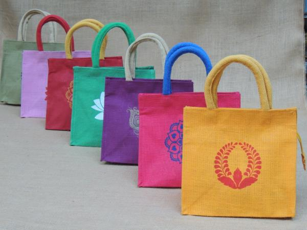 We do jute manufacture like jute hand bags, mini lunch bags, tambulam bags, perantam bags, wedding bags, pouches, pencil pouches, we do as per  customer requirement, like printed and customised.  cane handle bags  rope handle bags  amenity bags  birthday bags  printed bags  embroidery bags  travel bags  jute bags manufacturing  retail and wholesale  export bags  jute bag supplier  designer jute bags  sling bags