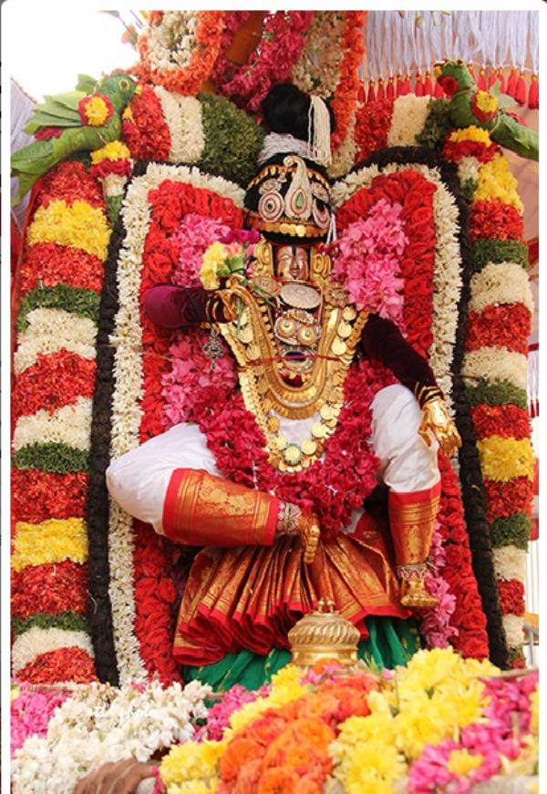 Chennai to Tirupati Tour Operators   Daily trips to Tirupati with Rs300 special entry online darshan ticket  Contact 7299022422 , 7299449999 , 7299922422  Email : viswambaratravels@gmail.com  WhatsApp Number : 7299922422   For more information  visit:- http://www.tirupatibalajidarshanonline.in/  Srinivasa Mangapuram News, 20 Feb. 17: Processional Deity of Lord Sri Kalyana Venkateswara Swamy in form of Mohini Avatharam was taken out in procession atop Pallaki as part of 5th day ongoing Annual Brahmotsavam in Sri Kalyana Venkateswara Swamy Temple in Srinivasa Mangapuram near Tirupati on Monday morning. Earlier Garlands of Andal Ammavaru was taken out in procession from Sri Govindaraja Swamy Temple to Srinivasa Mangapuram. This garlands will be used on Garuda Vahanam in the evening.