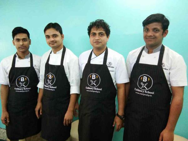 Our team of chef's   Manjus the art of cooking...   www.chefpradip.in
