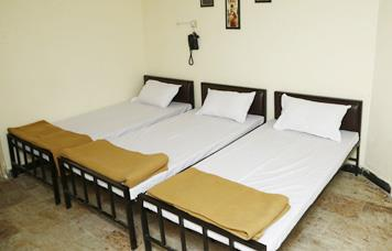 Our PG/Hostel Student or a Working professional looking for a stress-free stay? Here we are! Book a WudStay PG/Hostel and get assured of all the key amenities.   AC    Wi-Fi    Food    Housekeeping    Tv    24X7 Support Why WudStay PG/Hostel? With our aim of providing gold standard in quality, we guarantee of a homely environment  away from home.    No brokerage No lock-in period Quality services Hygiene No restrictions Recreational activities