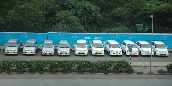 Faster , Safe , Reliable and Economical Transfers to Mumbai Airports. Doorstep and Economical transfers to Chhatrapati Shivaji International Terminal from Pune and Nashik cities. Shared cabs carrying 4 passengers depart on an hourly basis and charter cabs will depart as per your convenient time