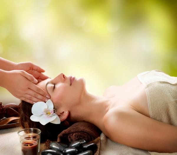 Deep Tissue Body Massage  therapy  helps our body in many ways.  Deep tissue Body Massage relax muscle tissue, which may lead to decreased nerve compression, increased joint space, and range of motion. This helps in reducing  reduced pain and improved Body functions.  Eva Spa have the Most Experienced Massage Specialist who give this Deep tissue body Massage in Ahmedabad, So Book your Appointments Now and Enjoy Happy hour's