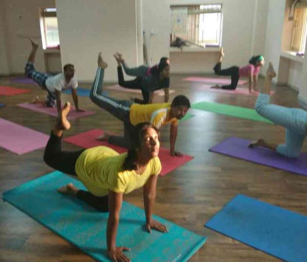 Best in class yoga classes in Kasavanahalli, Sarjapur Road, Bangalore Yoga studio for all Asana, Pranayama, Meditation Yoga classes at home Yoga for kids Yoga for weight loss, migraine, back pain, thyroid www.6amyoga.in