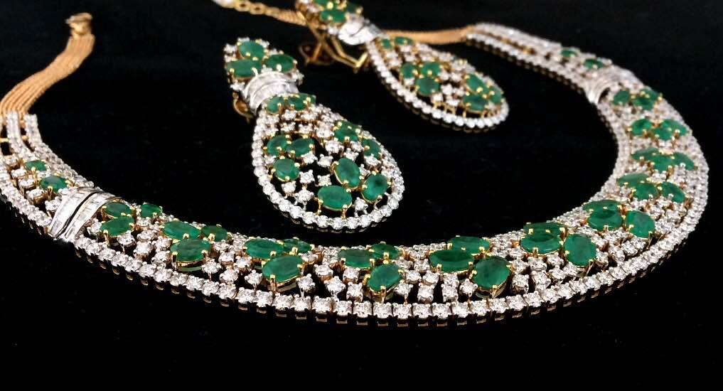 Give a gorgeous look to your attire on your Wedding Day by wearing this Fine Emerald Diamond Necklace. Look like a queen while walking on aisle with our super pretty Necklace Set. Visit our Store In Jaipur for more Bridal Jewellery Collection like this and feast your eyes on our Designer Jewellery.