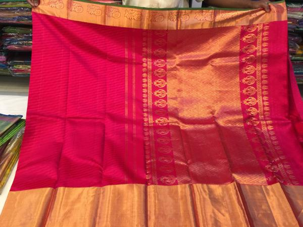 Bridal sarees. Wedding silk sarees