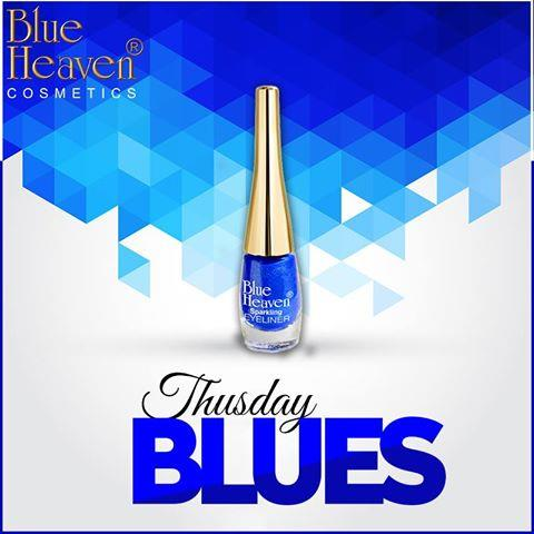#ColorOfTheDay today is #Blue and we are celebrating glitter blue eyes with our Sparkling Eyeliner in 06, which you can buy here: http://bit.ly/2oxjU8U #CityGirls #CityStyle #Sparkle