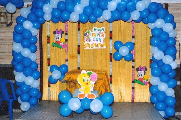 Balloon decoration for birthday party in koramangala for Balloon decoration making