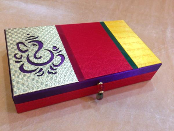 Saree Gift Packing Box   We are leading manufacturer, supplier and wholesaler of Saree Gift Packing Box