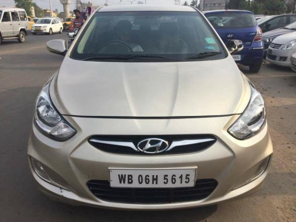 Hyundai verna 1.6fluidic sx second hand for sale in kolkata car bazaar..