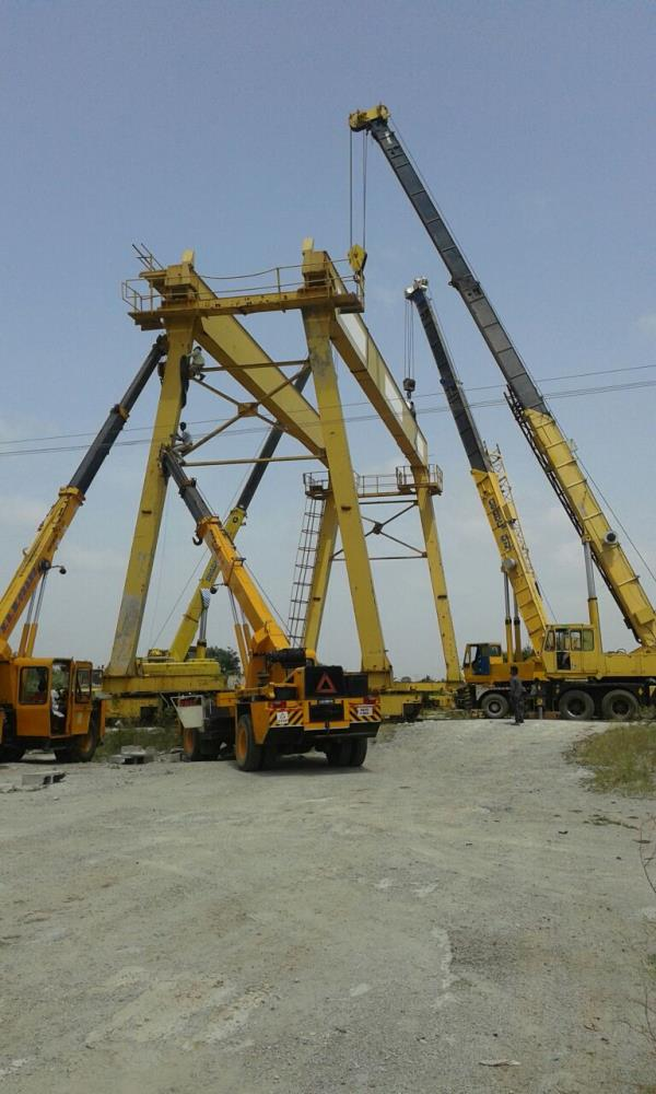 M R CRANE SERVICE We are Provide A Wide Range of Heavy Capacity Hydraulic Cranes 12 ton to 100 ton M.T Capacity. our Service. M R Crane Service is a pioneer name in the field of Loading / Unloading / shifting heavy machines with the help of cranes from last 20 years, since 1997. We have various types of Cranes like Truck Mounted, Hydraulic Mobile Cranes, with low bed and open tralla. We have all the required Equipment available with Expert Man Power or Manual Workforce. We feel honored to start a business relationship with its clients. M R Crane Service proudly served as a leader in the BANGALORE, & KARNATAKA, rigging industry. We undertake all type safe transportation of odd dimension materials in BANGALORE and KARNATAKA The company is specialised in Best Services of Crane & Fork Lift Hiring . We provide lift Hiring Services to different project sites of private, public sector & Government undertakings. We are having vast experience in same sector under Highly experienced staff.