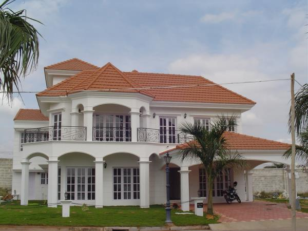 Leading Architects Jacob & Shimu, Montimers, Koramangala, Bangalore , have completed more than 1000 projects, designs a classical modern villa at Marthahalli, Bangalore. www.montimers.com https://m.facebook.com/montimersarchitect/ 08025534834 9341235616