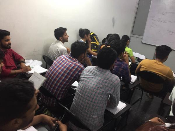 At Scholars Hub you will get the best coaching in Chandigarh for 11th and 12th Non Medical / Medical Subjects. We have expert teachers for all subjects. With us you can assure excellent results in 11th and 12th Maths Physics Chemistry Biology. 11th Maths Coaching in Chandigarh  Best Non Medical Institute in Chandigarh  NEET Coaching in Chandigarh