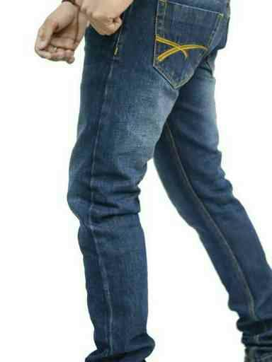 men jeans supplier  - by Aric garment, North East Delhi