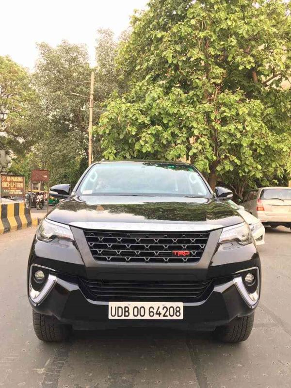 toyota fortuner trd grill @motominds...toyota FORTUNER 2017 accessories