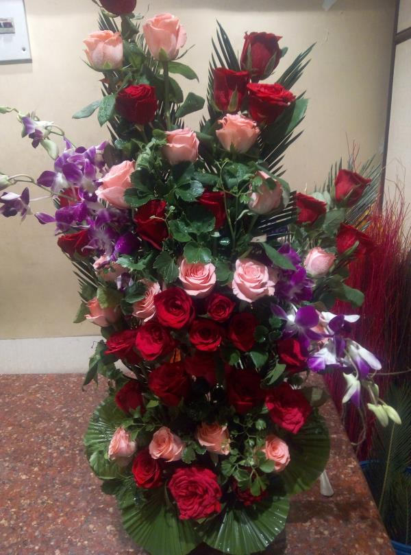 Supplier Of Fresh Flowers Ritus 9051128500 Would Be The Ideal Place For You To Your Orders Persons Love We Make Custom Bouquets