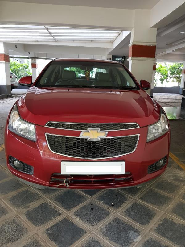 Used Chevrolet Cruze Automatic for sale in Hyderabad:  2010 Chevrolet Cruze LTZ AT 53, 000 km done New tyres; No insurance Asking price: 8.50 lakhs  Wheel Deal  Top Quality Pre-Owned Cars - by Wheel Deal, Hyderabad