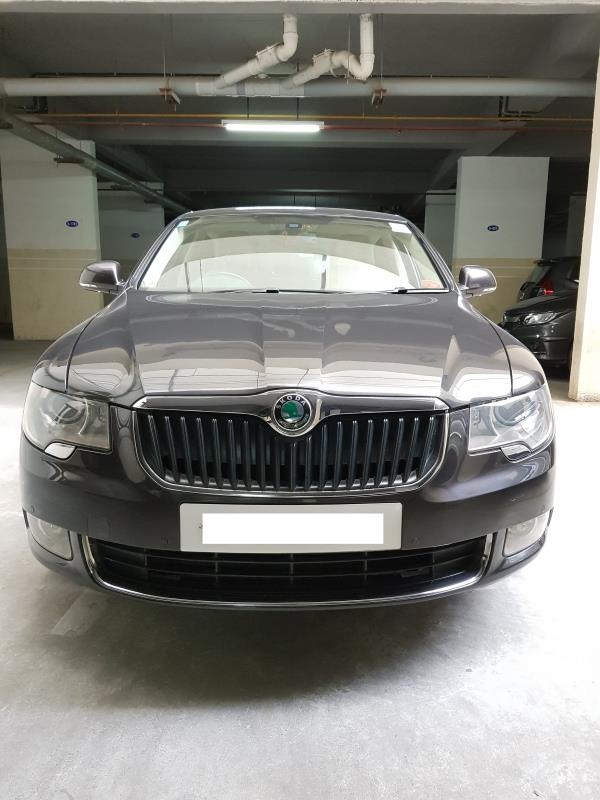 Used Superb for sale in Hyderabad:  2011 Skoda Superb Elegance TSI 63, 300 km done petrol engine DSG Auto transmission Insurance valid till July 2017 Asking price: 10.50 lakhs  Wheel Deal Top Quality Pre-Owned Cars - by Wheel Deal, Hyderabad