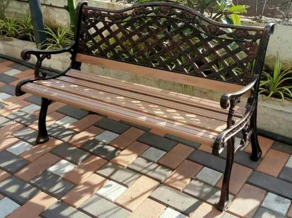 designer garden bench Aryan Group of Business in Pune India