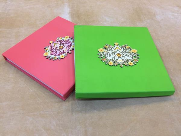 Traditional Dry Fruit Box Manufacturer in Delhi We are specialized to make and wholesale the gifting products like Chocolate Boxes, Decorative Boxes, Gift trays, Dry Fruit Boxes and lots more decorative and gift items. For more details : http://regards.cc/