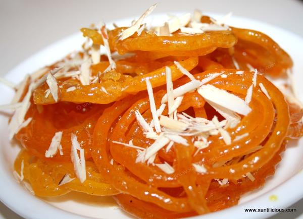Take a walk through Dadu's Purani Dilli and get served with Delicious Iconic Lip Smacking warm Jalebis !! As rainy season truly complements to Crispy hot Jalebis !! Do visit us... - by DADU'S HYDERABAD, Hyderabad