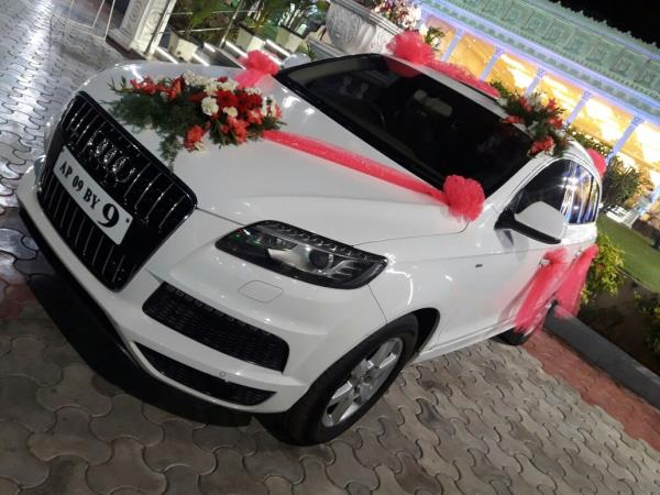 Hyderabad Audi Q Famous Travels And Wedding Cars Rental Call - Audi car decoration