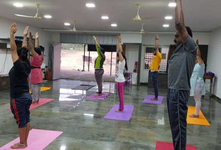 Yoga classes for complete beginners  Are you new to yoga? Join our best yoga classes completely designed for the new yoga students that will help the students to learn some basic yoga poses or yogasanas along with the breathing techniques.