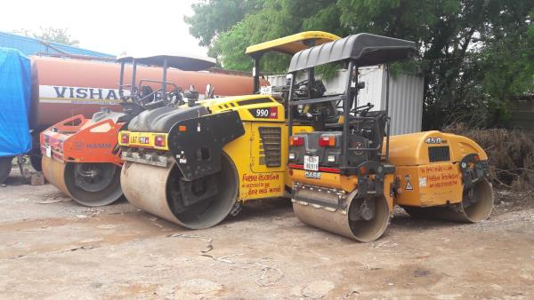 Road Roller on Hire. All types of road roller available on hire.  Contact Vishal Thakkar  +91 9825150574