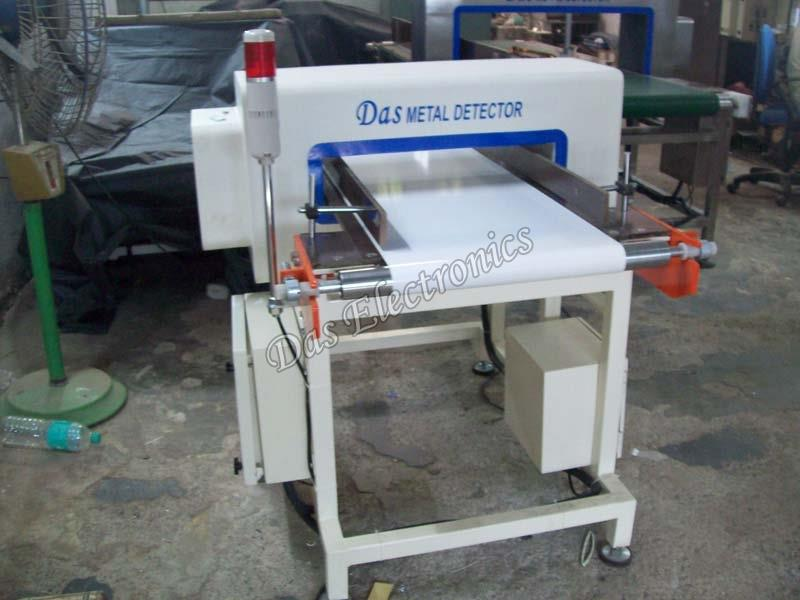 Textile Industry Metal Detector:   Backed with rich industry experience, we are offering the best quality Textile Industry Metal Detectors. We are one of the top-notch Textile Industry Metal Detector Manufacturers, Suppliers and Exporters in Maharashtra. Available in different models, our Textile Industry Metal Detector comes with audio and visual indication facility on needle detection. Also, it features automatic balancing and dual channel operations. The Textile Industry Metal Detector is further acclaimed for its high sensitivity, accurate detection, reliability and durability. Our Textile Industry Metal Detector is made with graded raw material and with a high degree of precision. Customers can buy Textile Indusrty Metal Detectors from us at very reasonable prices.