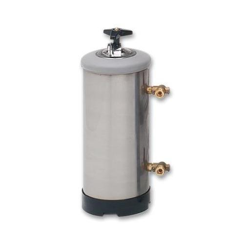Manual Water Softener  So as to uphold the standing we have built up, we are engrossed in presenting a broad compilation of Manual Water Softener. Features:  Fine finish Durable Exclusively designed Sturdy