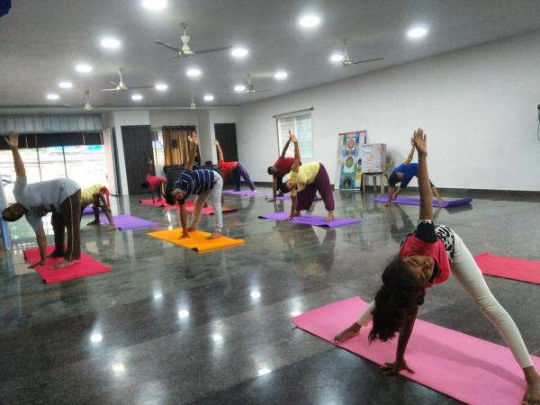 Join our best power yoga classes at divyamaya yoga studio with special offer of Rs.500 only for the monthly yoga classes.