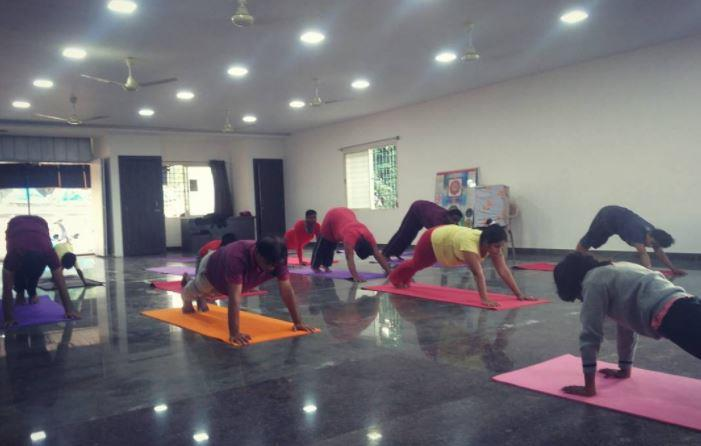 Weight Loss Yoga Classes:  Shedding those extra kilos gets easier than ever with our Fat burning yoga classes at Divyamaya Yoga Center.