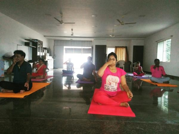 Best pranayama yoga classes:  We will be teaching different yoga poses, how to do pranayama correctly, various types of pranayama, pranayama meaning, pranayama benefits,  what is pranayama, pranayama breathing exercises, pranayama techniques for beginners. Call and book your pranayama classes and yoga classes now.