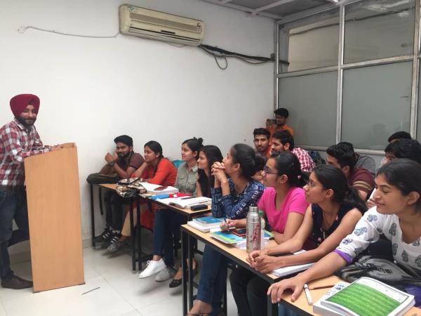 Best Maths Coaching Institute in Chandigarh  Bsc Maths Coaching for 1st 3rd 5th Semester  BA Maths Tuition BCA Maths Coaching Institute  Bcom Business Maths Coaching in Chandigarh