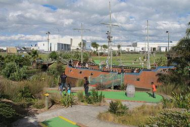Top Tourist Attractions in Auckland(For Package and booking please write uholidays@gmail.com or 24 X 7  09213531173 www.uniqueholidays.info) 6.Caddy Shack City  Indoor mini golf Standard Opening Hours Monday & Tuesday:                  Closed (except public and school holidays when open from 10am) Wednesday/Thursday/Friday:   12:00pm - 7:00pm Saturday & Sunday: 10:00am - 7:00pm