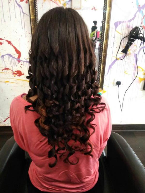 Top salon & spa in Goa ❤️ for more details on hairstyles visit Dreamz and consult our experts