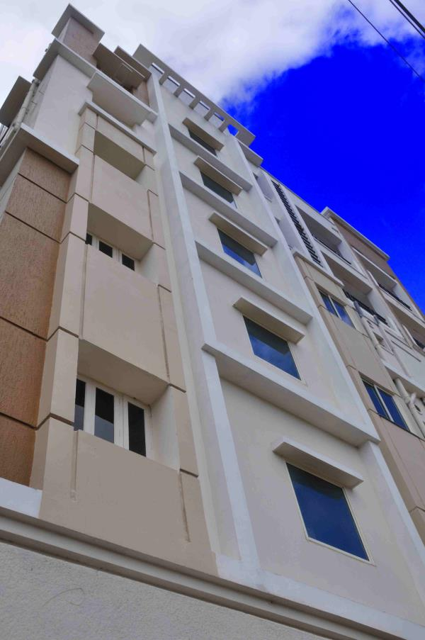 At home suites is best budget hotel near Gachibowli, Hitech city and Kondapur Hyderabad. Cotact us on www.athomehyd.com