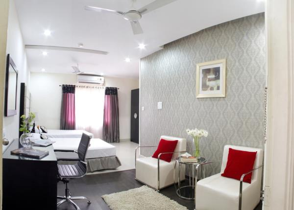 Hotel At home suites -3 Star Business Class Hotel, provides various corporate level suites that fulfill your requirement. Its a best budget hotel near to Gachibowli IT hub, IIIT , ISB  and Hyderabad central University.