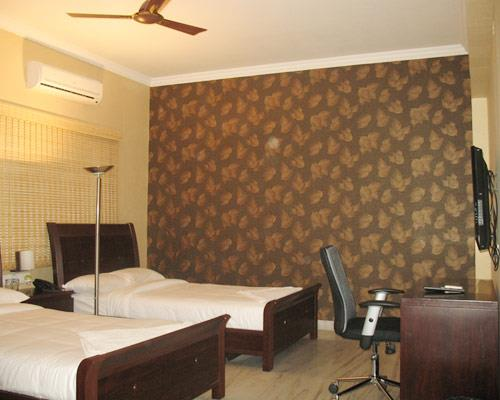 Budget category serviced apartments neat Hitech city & Gachibowli.  Athome apartment hotel & At home suites believes in delivering a memorable stay experience and contributing to the well-being and success of our guests. Our philosophy is an initiative aimed at offering you an experience unlike any other. We use our local knowledge to help you quickly settle into your host city and integrate with the local culture, and we strive to exceed your expectations with unexpected details that enrich your stay experience with us.