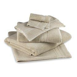 PREMIUM DISPOSABLE SPUN LACE  BATH TOWELS   Aarogyaa offers 25
