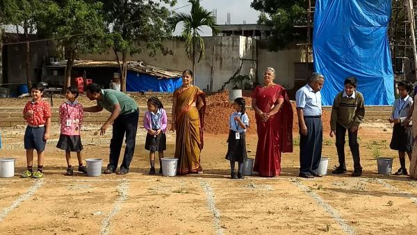 Grandparents Day was celebrated on the 8th of September 2017 at ISE Bangalore. The pre-primary and primary sections sang a song thanking their grandparents and appreciating their importance. The middle school recited a poem that was written on their own. Games were conducted in which both grandparents and grand children participated enthusiastically. A healthy treat of juicy apples was distributed to the grandparents and the event ended with one grandparent addressing the children and blessing them for a bright and prosperous future.