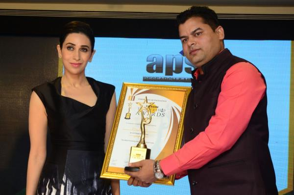Shiv Clinic once again awarded for BEST SEXOLOGIST IN NORTH INDIA by bollywood actress KARISHMA KAPOOR.  we offers services like  treatment of erectile dysfunction,  treatment of premature ejaculation,  treatment of spermatorrhea,  treatment of night discharge,  best treatment of male and female sexual problems.