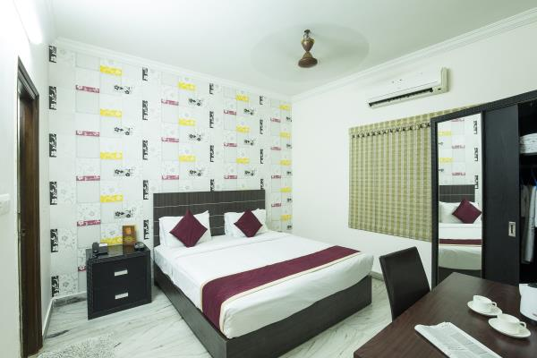 The At Home Apartment Hotel & At Home Serviced Apartment affords you a terrific preference of budget and luxury accommodation. Our houses are strategically placed at high places in Hitec City, Hyderabad for frequent company flyers in addition to families. We preserve three first-rate hospitality institutions in Hyderabad. The hallmark of our carrier is presenting a easy, hygienic and comfy lodging for travelers to the city of Pearls. We pride ourselves in presenting impeccable hospitality carrier in Hitec City, Kondapur region and Gachibowli, the IT hub of Hyderabad.