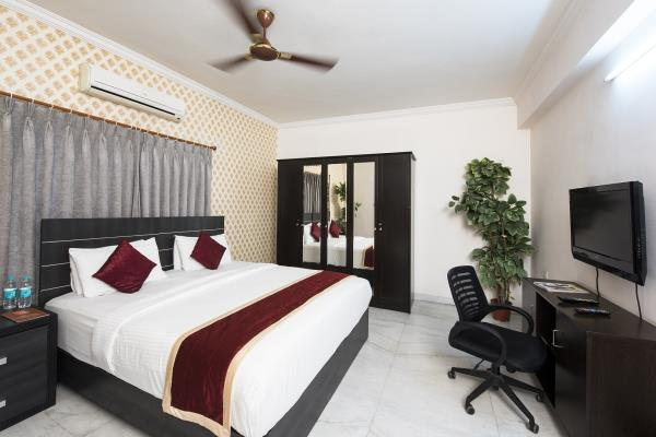 At Home Apartment Hotel, offers rooms with free Wi-Fi and free breakfast. This property/Service apartment is Located in the heart of Hitec City, Hyderabad  which is the First IT hub in Hyderabad and it is also 1km from Shilparamam-arts, crafts and cultural village of Hyderabad and Hitex Exhibition Centre, and 3 km from Durgam Cheruvu Secret Lake Park. At Home Apartment Hotel is the perfect place to be. It's one of the best- serviced apartments, close to offices and major shopping/ business centres. Each apartment attempts to give the guest a home away from home feeling, within a hotel-like environment. The apartments have been stylishly designed with very high standards to provide the comforts of modern living.