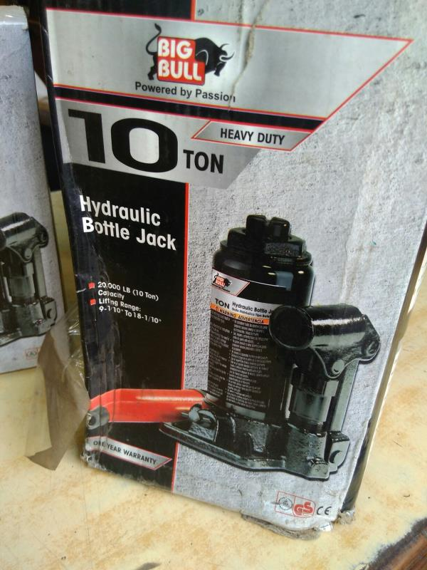 Hydraulic Bottle Jack (Big Bull) supplier in Delhi.